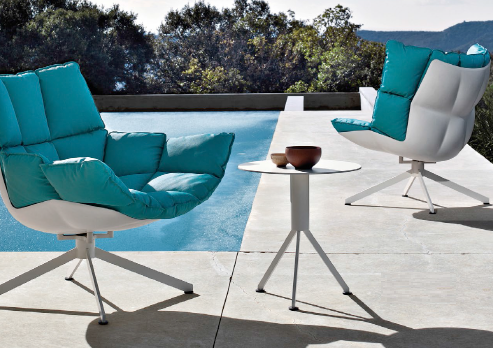 Escaping to the Great Outdoor Furniture