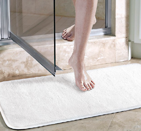 What's type of mats or rugs that suitable for bathroom